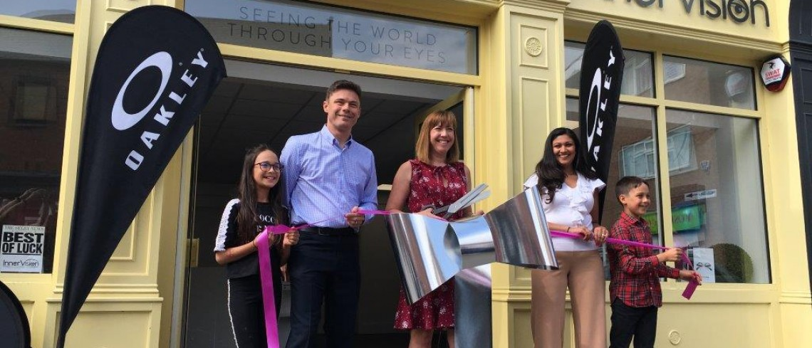 Famous Yorkshire Rows officially opens Selby's new independent Opticians