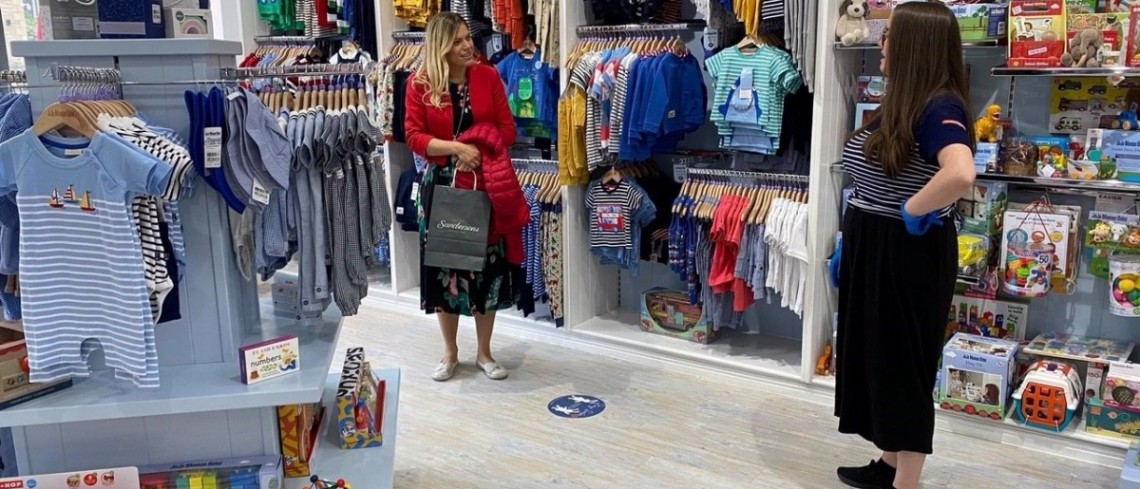 Shoppers return to Fox Valley as more stores re-open