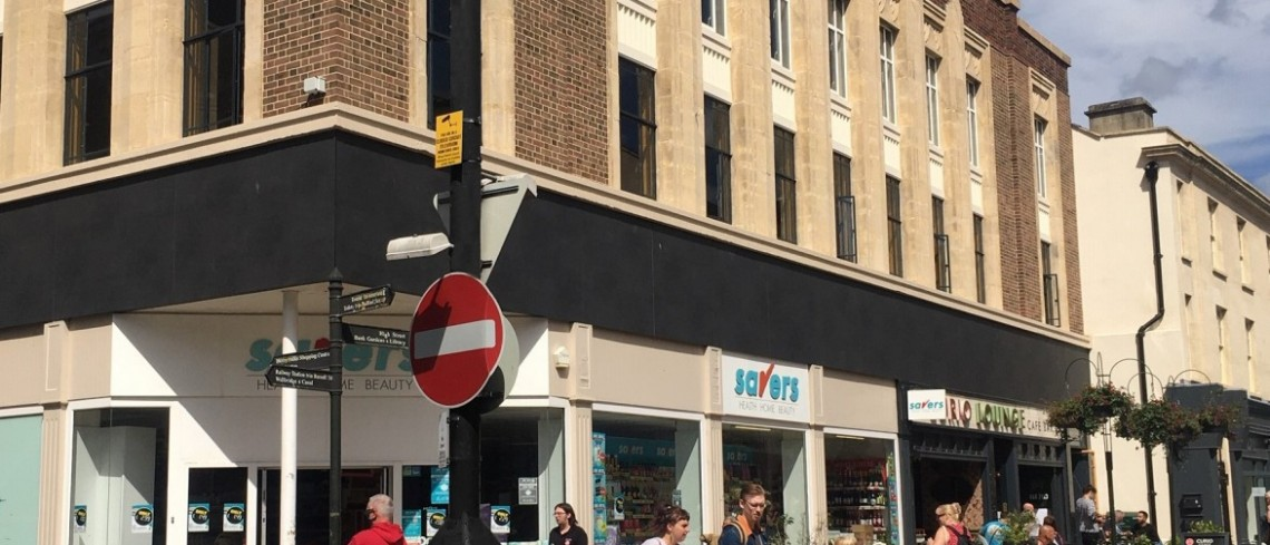 Savers extends lease at Five Valleys