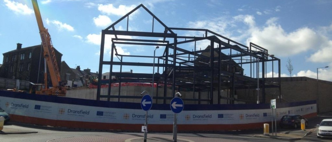 Steel frame goes up at Penistone's Gateway site