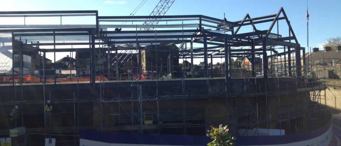 Contractors prepare to put roof in place at Penistone's Gateway project