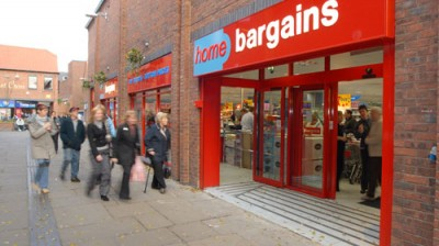 Home Bargains brings crowds to Market Cross