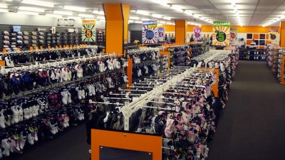 Wynsors World of Shoes Opens its Doors in Openshaw!