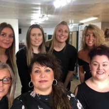 Selby hairdressers celebrates 30 years of business at town centre salon