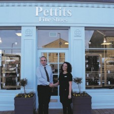 Leading independent retailers step into new Fox Valley venture