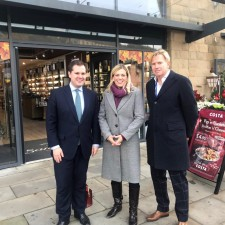 Minister Visits Sheffield's Fox Valley