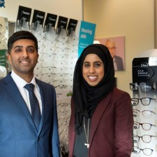 Ambitious Directors launch new Specsavers at Fox Valley after �0k investment