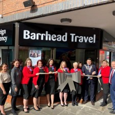 Travel firm opens new store at Market Cross