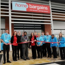 Brand new store launched at Tunstall's Alexandra Park