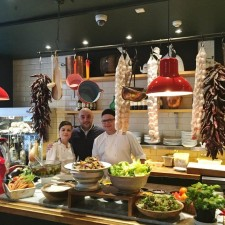 Italian restaurant selects Sheffield�s Fox Valley for its first venture outside London